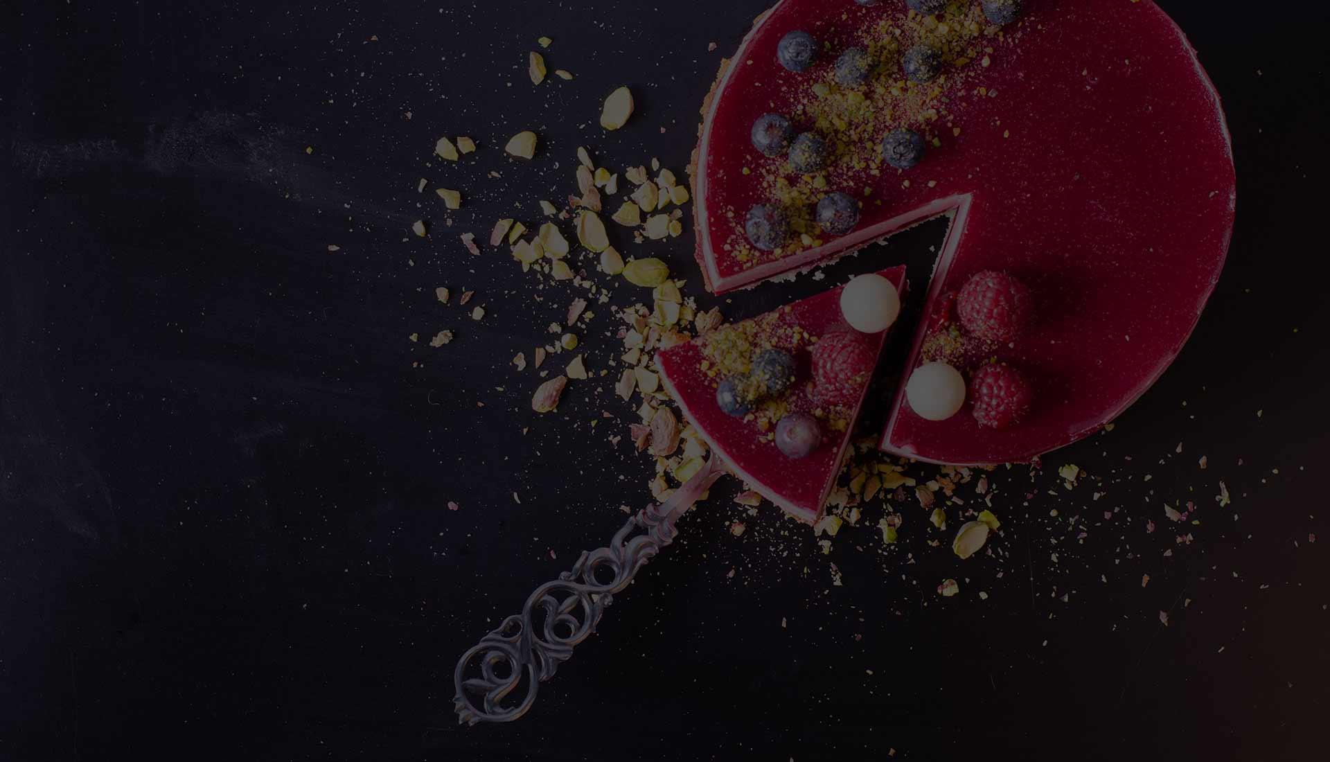 foodjoy-sweet-bakery-laboratorio-pasticceria-cantu-brioches-pasticcini-torte-caffe-prodotti-pasticceria-torta-soffice-frutti-bosco