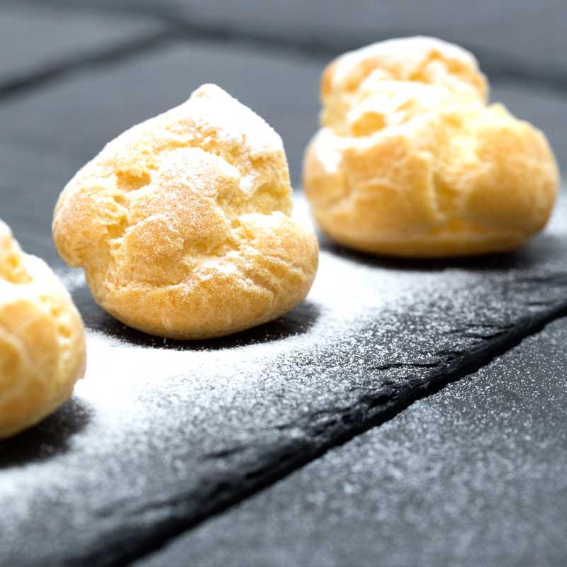 foodjoy-sweet-bakery-laboratorio-pasticceria-cantu-brioches-pasticcini-torte-caffe-prodotti-pasticceria-pasticcini-bigne-crema-001