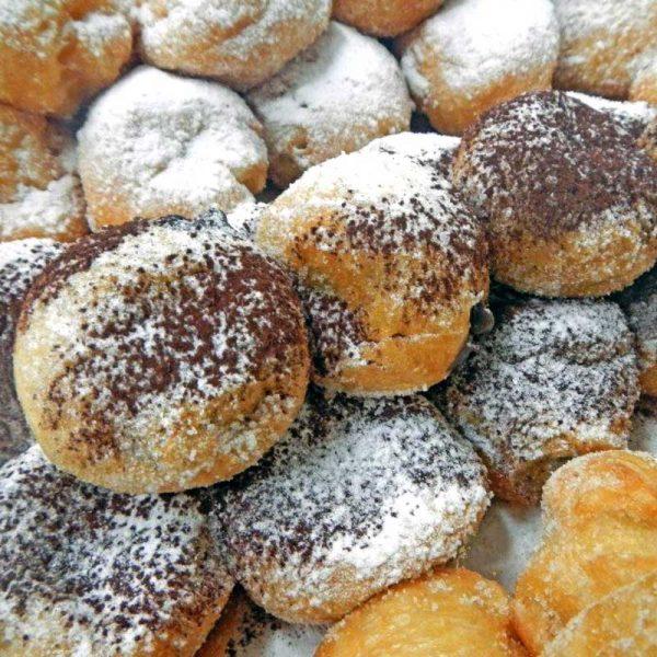 foodjoy-sweet-bakery-laboratorio-pasticceria-cantu-brioches-pasticcini-torte-caffe-prodotti-pasticceria-tortelli-di-carnevale