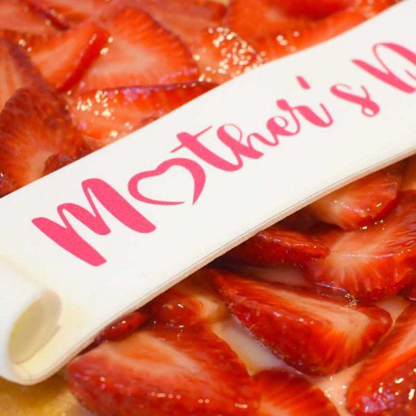 foodjoy-sweet-bakery-laboratorio-pasticceria-cantu-brioches-pasticcini-torte-caffe-prodotti-pasticceria-crostata-fragole-festa-della-mamma-001